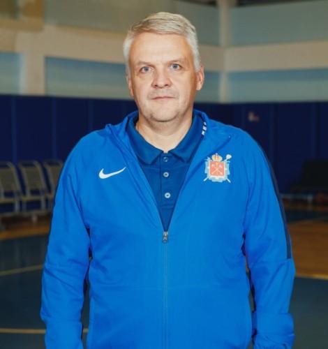 Васильев Алексей (главный тренер, ЗТР)